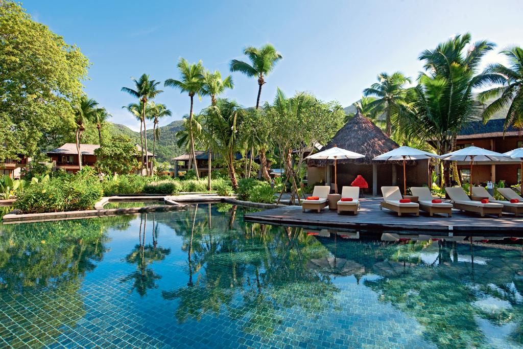Ephelia Resort Cinq toiles Constance Hotels Resorts aux