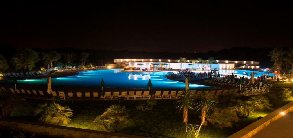 Super offerte hotel villaggio residence la brunese torre dell 39 orso residence salento puglia by - Residence puglia mare con piscina ...