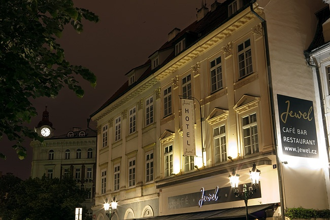 Hotel jewel praga 4 stelle offerte last minute last for Design merrion hotel 4 praga